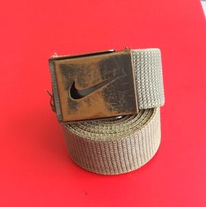 Nike burlap cloth belt 40x1.75$38+free Nike hat